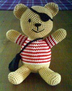 hook, craft, free pattern, crochet toys, teddy bears, pirat teddi, crochet patterns, pirat bear, amigurumi patterns