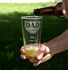 Personalized Fathers Day Custom 22oz Etched by ScissorMill on Etsy, $18.50