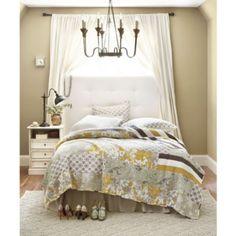 Lorraine Quilted Bedding color schemes, bedroom bedding, chocolate brown, quilt coverlet, master bedrooms, guest rooms, lorrain quilt, ballard design, quilt bed