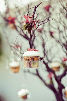 Beautiful, rustic, cupcake display. weddings, rehearsal dinner, dinner parties! endless possibilities...
