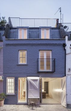 Jonathan Tuckey's  Submariner's House, London