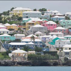 It is odd seeing a plain white house in Bermuda!