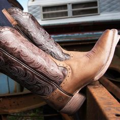 Nothing better than a classic by Ariat Boots http://www.countryoutfitter.com/products/54477-womens-good-times-boot-gunsmoke-matte-chocolate-cr/?lhb=style