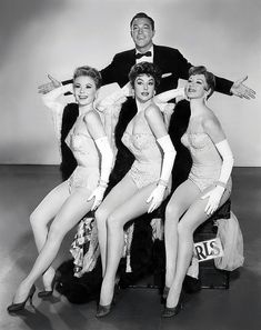 Gene Kelly with Mitzi Gaynor, Kay Kendall, Taina Elg; in ''Les Girls'' 1957 | Golden Age of Hollywood