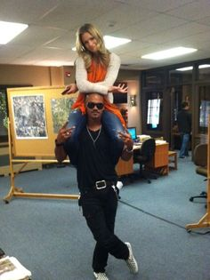 "A.J. Cook & Shemar Moore on the set of ""Criminal Minds"""