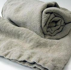 Brahms Mount linen blanket