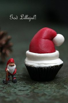 Santa's hat cupcake