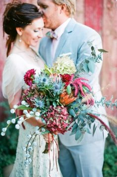 Bright and beautiful wedding bouquet || Watercolor Wedding