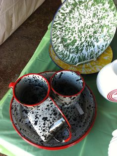 plates and cups - awesome camping gear!