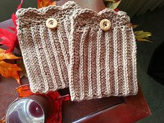 Scallped Boot Cuffs ~ free pattern