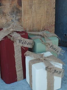 painted wood, christmas crafts, christmas presents, the craft, craft critterschristma, wood crafts, front porches, christmas wrapping, christmas gifts