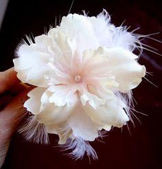 How to make a pretty hair flower