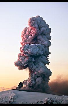 ✯ Eruption in Eyjafjallajökull - Iceland
