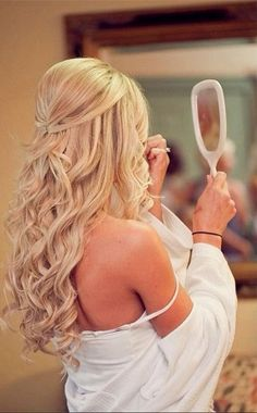 I want her hair. WoW.
