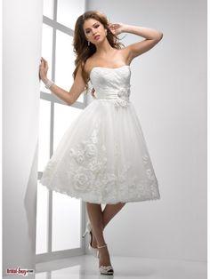Short Wedding Dresses with Ivory  Handmade Flower-embellished