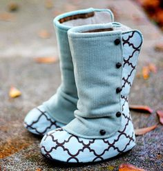 OMG! little girls boots by Joy Folie.