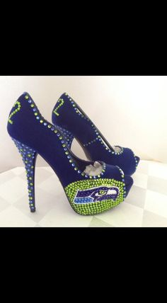Cute Seahawks heels