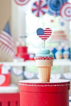 Patriotic 4th of July cupcake cones