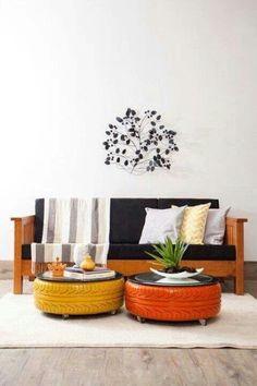 Pneus coloridos como mesa de centro