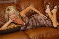 Sensational ..... Sexy ..... Fit ..... Mature ..... Elegant  ..... Blonde - 43  Gayle   804-210-7181