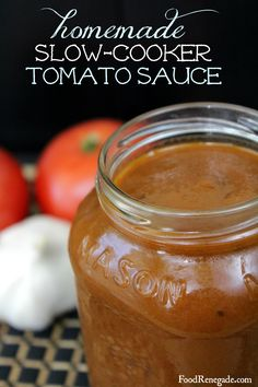 Homemade Slow-Cooker Tomato Sauce