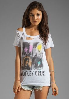 "CHASER Motley Crue ""Shout at the Devil"" Deconstructed Tee in White"