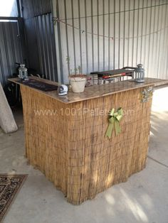 TWO PALLETS BAR - so nice for a garden party #DIY #birthday #decor