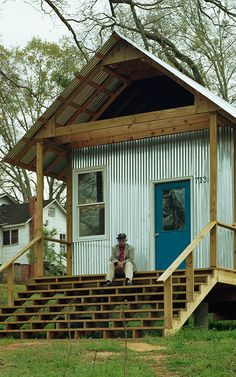 Alabama's Rural Studio. Affordable small houses.