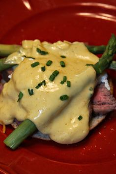 Steak and Asparagus Eggs Benedict with Spicy Hollandaise