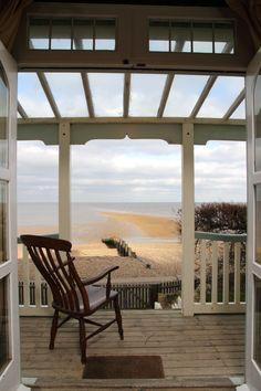 Artists Beach House, Beach House Whitstable, Whitstable Beach Houses, Tankerton Beach