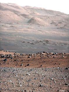 マウントシャープ / 火星探査車キュリオシティ
