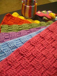 Free crochet pattern: Basket Weave Placemat