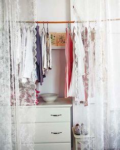 cortinas para el closet decor, closet doors, closets, closet organ, cortina de, bedroom inspir, buena idea, cortina closet, curtain