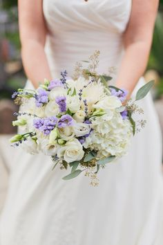 Photography by lavishandlight.com, Floral Design by laurelmunro.com