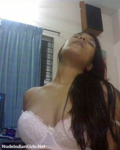Indian Girl in Bra Removing and Showing her Boobs in Room to BF