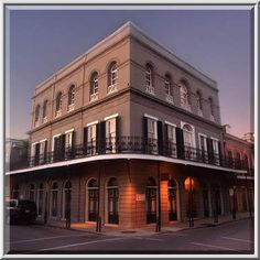 Lalaurie Mansion, New Orleans Said to be THE most haunted building in New Orleans. I was JUST there and didn't think to stop by!