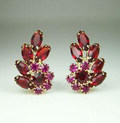 Vintage Weiss Red Pink Rhinestone Earrings.