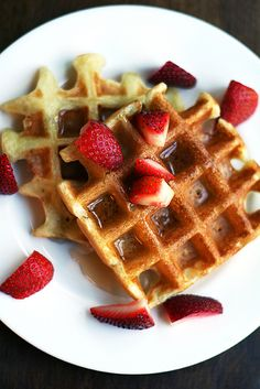 Aretha Frankenstein's waffles with strawberries, plus a Father's Day Gift Idea