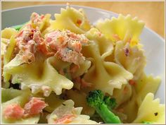 Farfalle with Smoked Salmon, Cream Cheese, and Artichoke Hearts by nookandpantry #Pasta #Smoked_Salmon