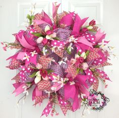 Deco Mesh Spring Wreath - Hot Pink - Ribbon - Tulip Burlap Wreath by www.southerncharmwreaths.com #decomesh #spring #tulip #wreath #pink