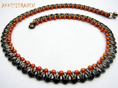 O bead necklace by Akke Jonkhof