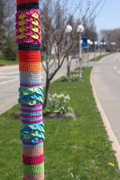 beautiful yarn bomb