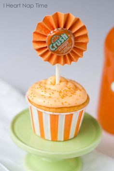 Orange crush cupcakes with JELLO topped with creamsicle frosting!