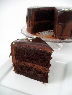Favorite Chocolate Cake (seriously good cake)... This is y dieting is difficult when u get on pinterest and see this food recipes, chocolate cake recipes, favorit chocol, chocol cake, cupcake recipes, tiered cakes, cake tips, cake pops, chocolate cakes