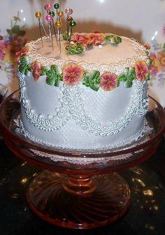 How to Make a Cake Pincushion