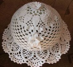 Pretty white hat with diagrams