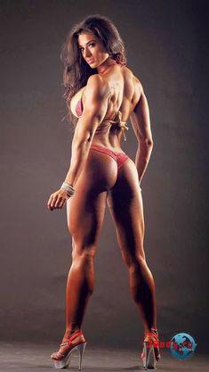 Gorgeous physique! Spank me lol