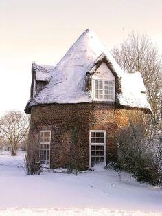 Round House near Little Thetfod, Cambridgeshire, England