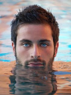 I have no idea who this is. But he is.... GORGEOUS. And amazing eyes