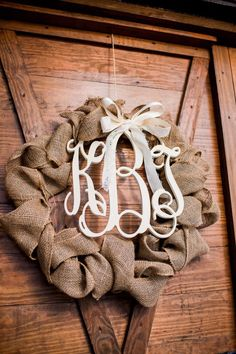 Monogrammed Wreath, such a chic idea! Photography: Meet The Burks
